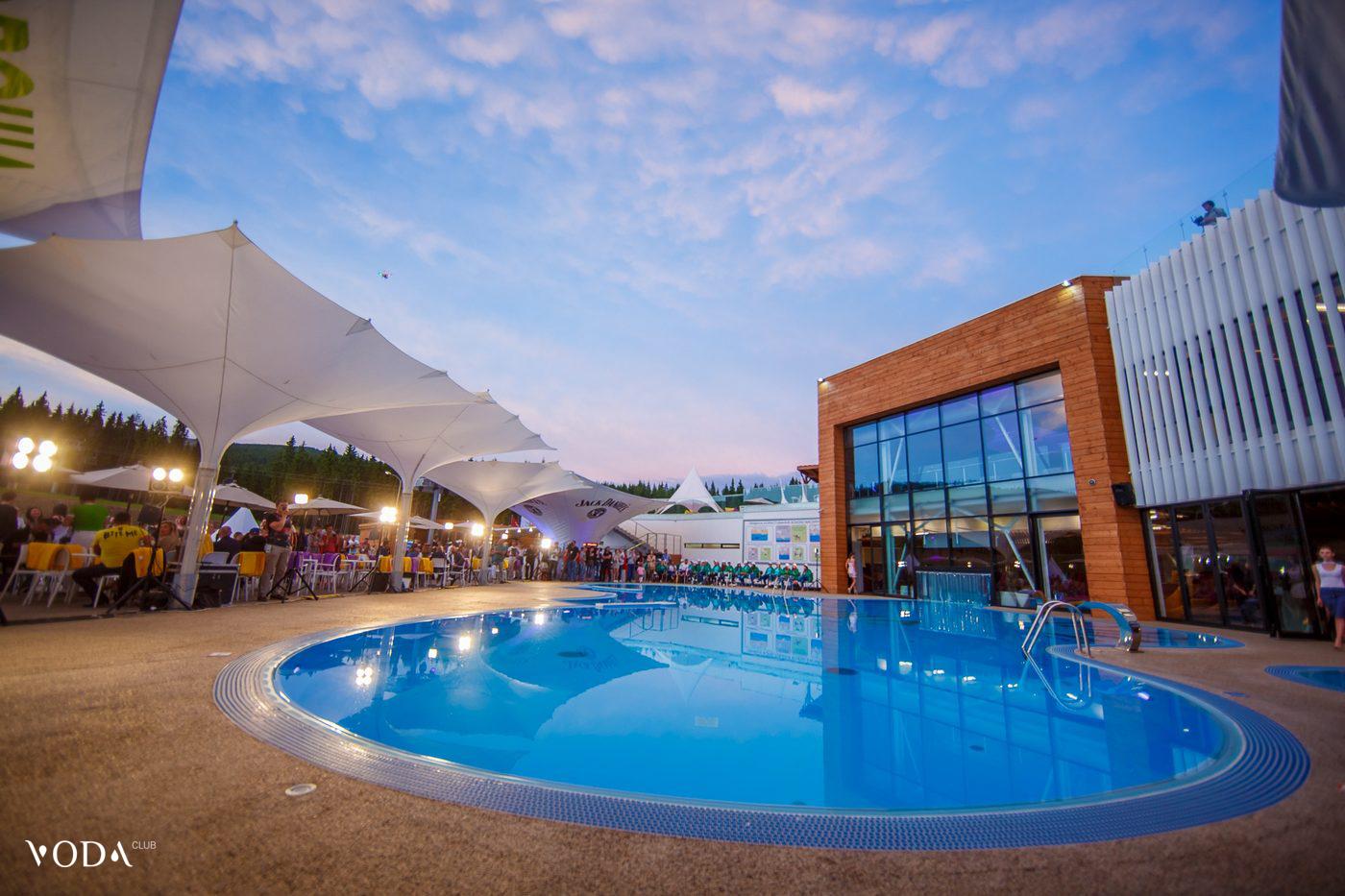 voda_club_pool_09